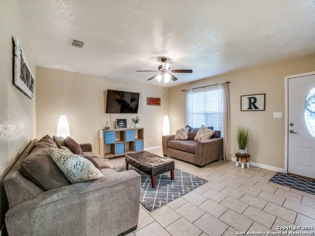 530 Belmont, San Antonio, TX 78202 (MLS #1508476) :: The Real Estate Jesus Team