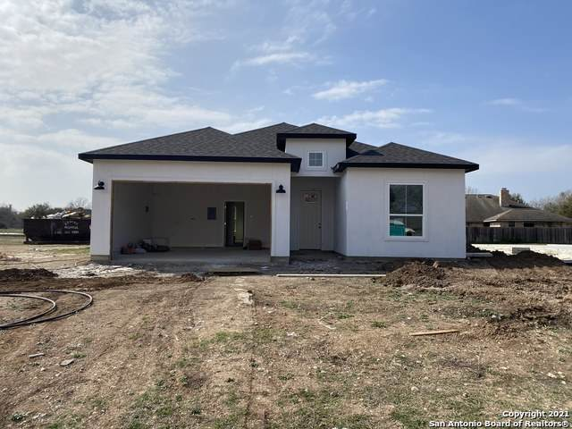 248 Club View E, Seguin, TX 78155 (MLS #1509095) :: Keller Williams City View