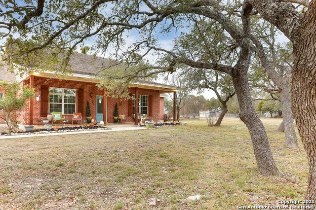 1590 Acacia Pkwy, Spring Branch, TX 78070 (MLS #1509645) :: Berkshire Hathaway HomeServices Don Johnson, REALTORS®