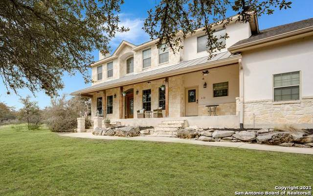 1094 Waterstone Pkwy, Boerne, TX 78006 (MLS #1511189) :: Keller Williams Heritage