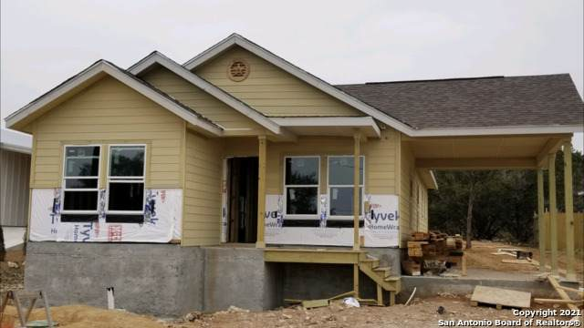 1285 Live Oak Dr, Spring Branch, TX 78070 (MLS #1511294) :: Vivid Realty
