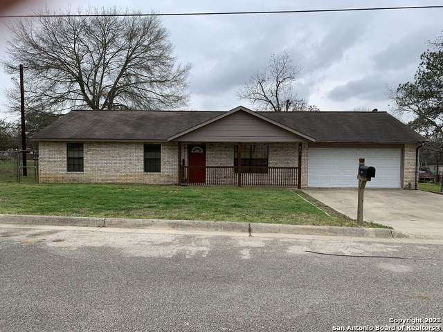 801 S Brown, Stockdale, TX 78160 (MLS #1511414) :: Keller Williams City View