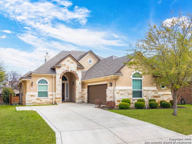 9743 Helotes Hill, Helotes, TX 78023 (MLS #1511966) :: The Gradiz Group