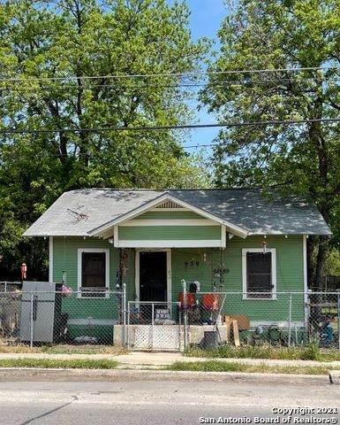 939 Steves Ave, San Antonio, TX 78210 (MLS #1513903) :: The Lopez Group