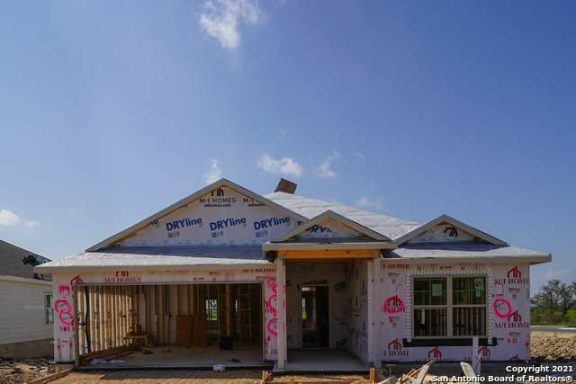 1105 Eagle Crossing, Seguin, TX 78155 (MLS #1514379) :: Real Estate by Design