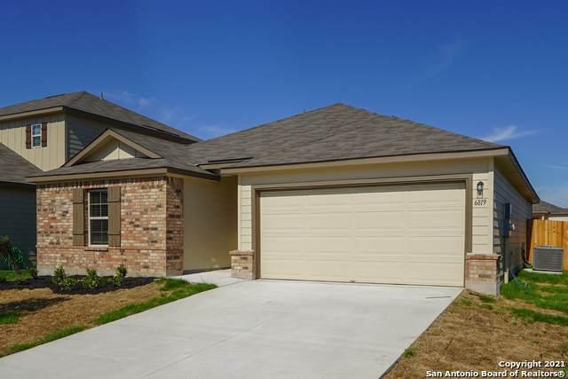 6819 Emerald Valley, San Antonio, TX 78242 (MLS #1514846) :: 2Halls Property Team | Berkshire Hathaway HomeServices PenFed Realty