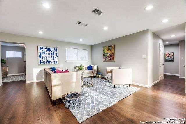 7102 Dubies Dr, San Antonio, TX 78216 (MLS #1515094) :: Carter Fine Homes - Keller Williams Heritage