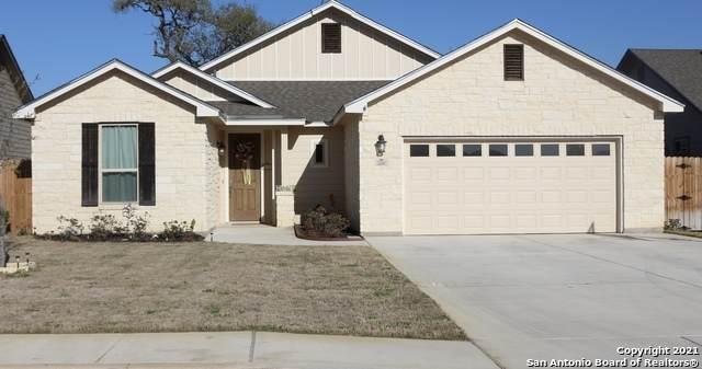 320 Iron Gate, Pleasanton, TX 78064 (MLS #1515620) :: Concierge Realty of SA