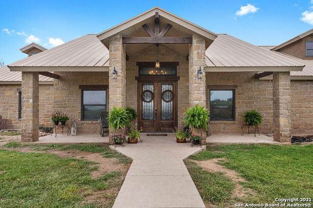 3538 County Road 305, Knippa, TX 78870 (MLS #1516356) :: Williams Realty & Ranches, LLC