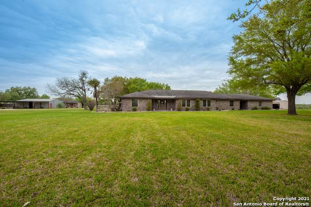 2531 County Road 357, La Vernia, TX 78121 (MLS #1516382) :: The Lopez Group