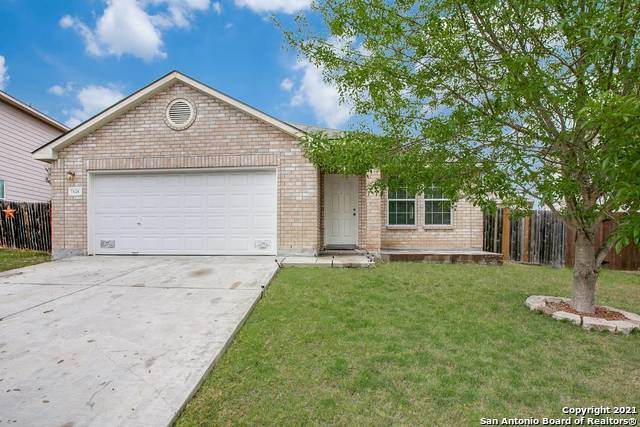7426 Copper Lk, Converse, TX 78109 (MLS #1516599) :: The Real Estate Jesus Team