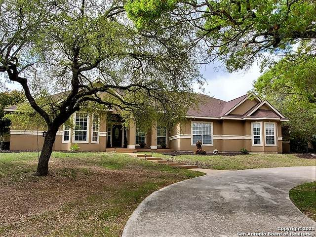 301 Lake View Dr, Boerne, TX 78006 (MLS #1519281) :: Exquisite Properties, LLC