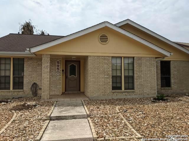 5950 Royal Ridge, San Antonio, TX 78239 (MLS #1520483) :: Neal & Neal Team