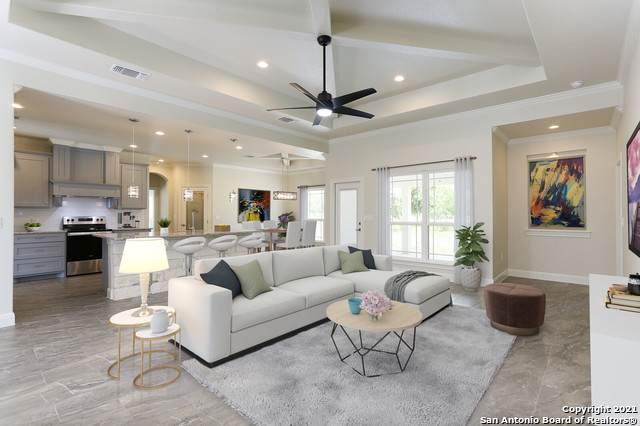 110 Cr 3829, San Antonio, TX 78253 (MLS #1520783) :: 2Halls Property Team   Berkshire Hathaway HomeServices PenFed Realty