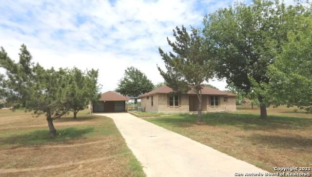 635 Home Crossing, Adkins, TX 78101 (MLS #1522148) :: Neal & Neal Team