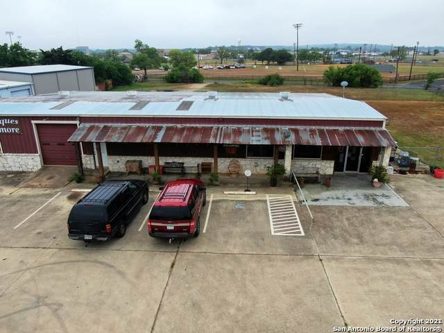 13693 Us Highway 87 W, La Vernia, TX 78121 (MLS #1522156) :: Vivid Realty