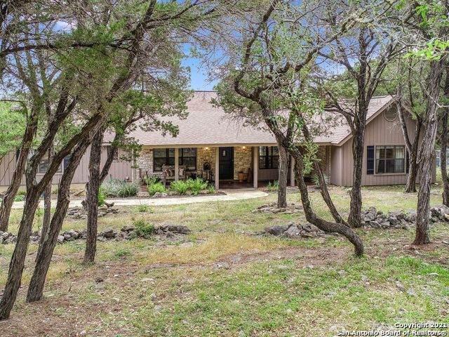 11 Horseshoe Trail, New Braunfels, TX 78132 (MLS #1522271) :: 2Halls Property Team | Berkshire Hathaway HomeServices PenFed Realty