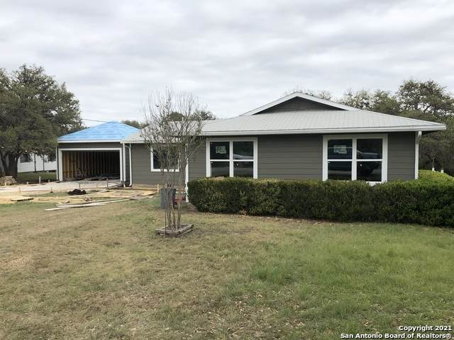 411 Bluff View Dr, Spring Branch, TX 78070 (MLS #1523095) :: 2Halls Property Team | Berkshire Hathaway HomeServices PenFed Realty