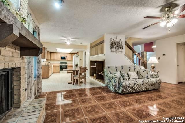 3351 Butterleigh, San Antonio, TX 78247 (MLS #1523902) :: The Gradiz Group