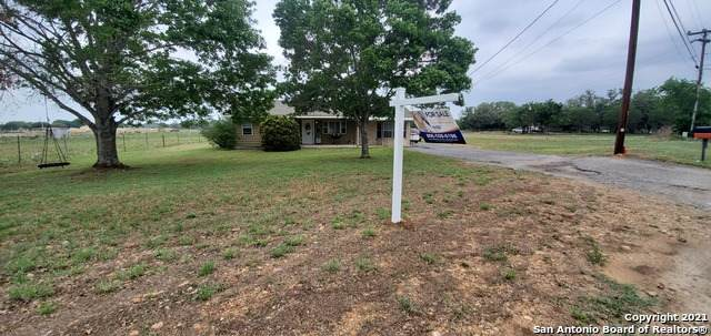 764 Fm 466, Seguin, TX 78155 (MLS #1523945) :: The Gradiz Group