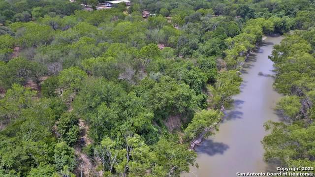 240 Paisano Dr, George West, TX 78022 (MLS #1524026) :: BHGRE HomeCity San Antonio