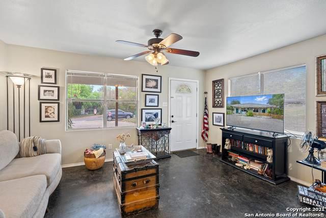 718 5th St, Blanco, TX 78606 (MLS #1524805) :: Exquisite Properties, LLC