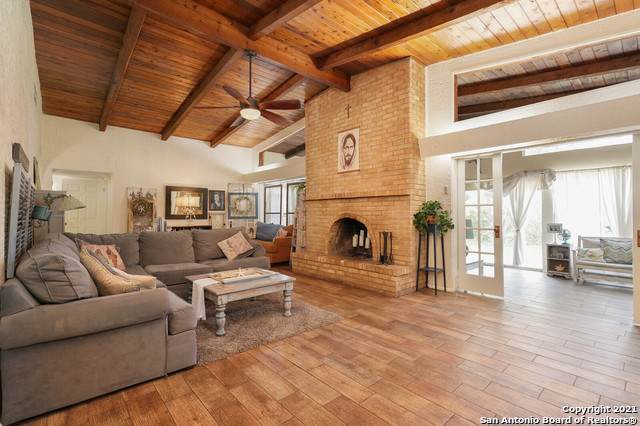 10515 Rocking M Trail, Helotes, TX 78023 (MLS #1525703) :: 2Halls Property Team | Berkshire Hathaway HomeServices PenFed Realty