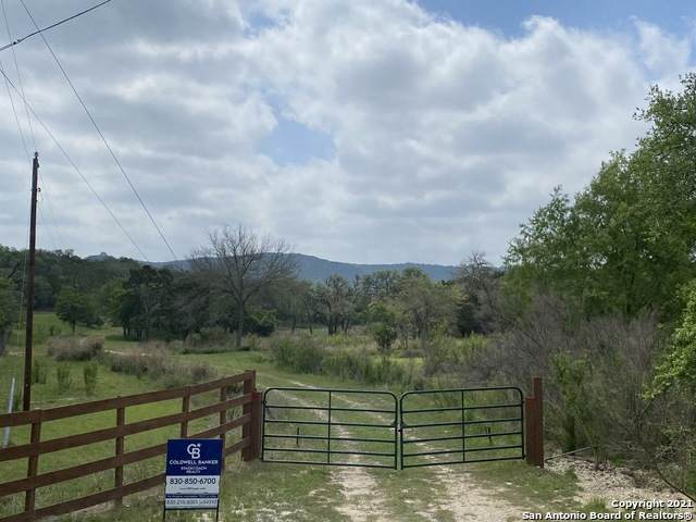 838 Roller Coaster, Pipe Creek, TX 78063 (MLS #1525804) :: The Mullen Group | RE/MAX Access