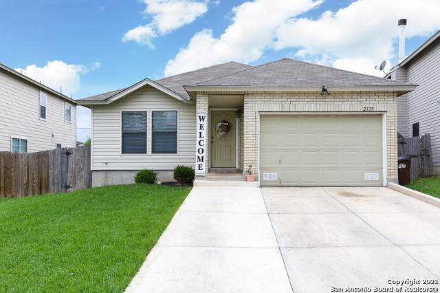 2335 Dalhart Pass, San Antonio, TX 78245 (MLS #1526639) :: Keller Williams Heritage