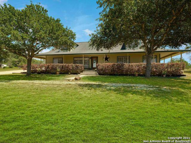 637 Boldt View Dr, Adkins, TX 78101 (MLS #1527085) :: The Glover Homes & Land Group