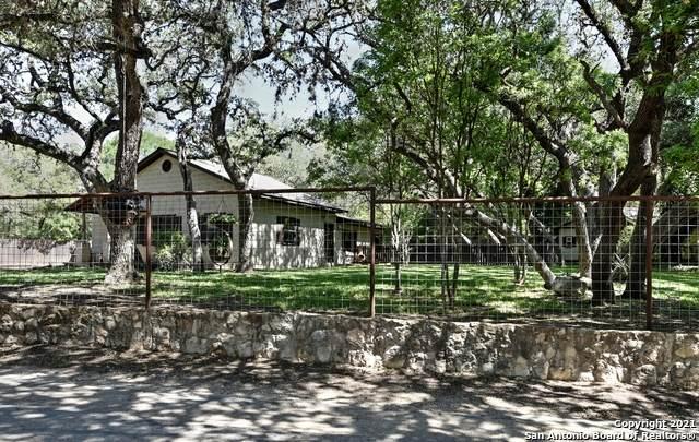 9807 Park Drive, Helotes, TX 78023 (MLS #1527264) :: Keller Williams Heritage