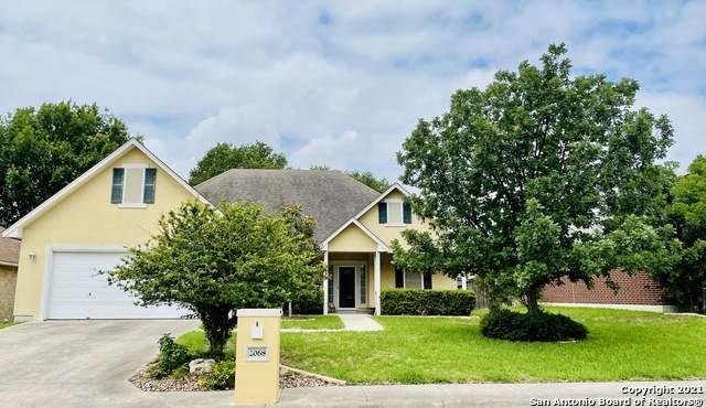 2068 N Ranch Estates Blvd, New Braunfels, TX 78130 (MLS #1533243) :: 2Halls Property Team | Berkshire Hathaway HomeServices PenFed Realty