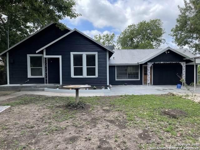 717 Miller Ave, Seguin, TX 78155 (MLS #1533423) :: The Real Estate Jesus Team