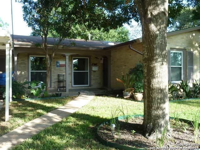 130 Dawnridge Dr, San Antonio, TX 78213 (MLS #1534417) :: Bexar Team