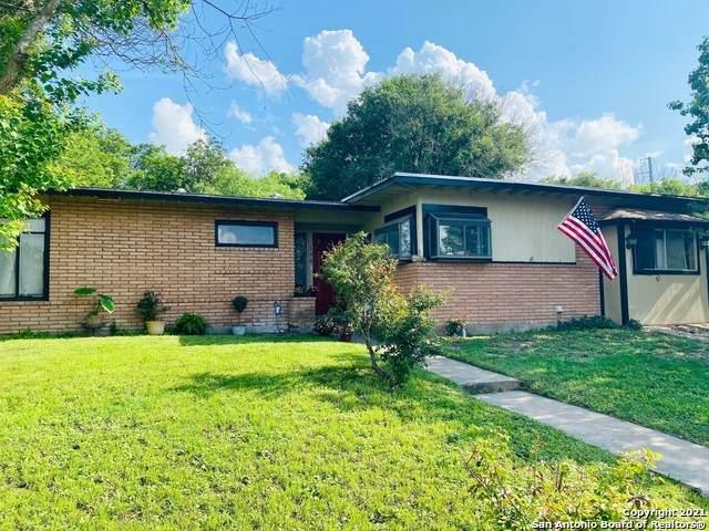 146 Cyril Dr, San Antonio, TX 78218 (MLS #1534831) :: 2Halls Property Team | Berkshire Hathaway HomeServices PenFed Realty