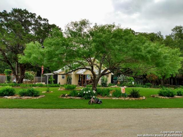 2265 Candlelight Dr, Canyon Lake, TX 78133 (MLS #1535791) :: Beth Ann Falcon Real Estate