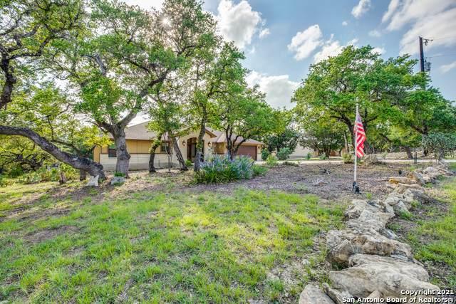 948 Lasso Loop, Canyon Lake, TX 78133 (MLS #1536057) :: The Real Estate Jesus Team