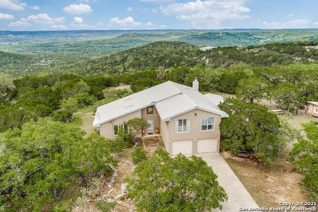 1322 Timber Creek Rd, Pipe Creek, TX 78063 (MLS #1536271) :: Beth Ann Falcon Real Estate