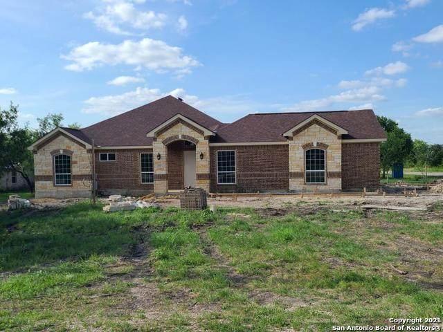 712 County Road 3823, San Antonio, TX 78253 (MLS #1536415) :: 2Halls Property Team   Berkshire Hathaway HomeServices PenFed Realty