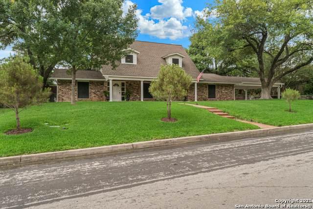 117 Cotillion Dr, Castle Hills, TX 78213 (MLS #1536860) :: Carolina Garcia Real Estate Group