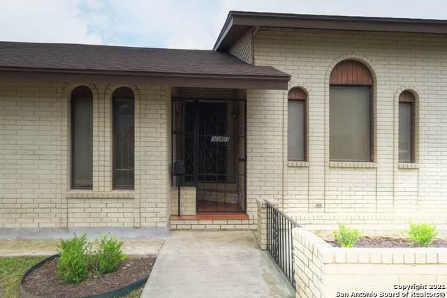 3303 N Flores St, San Antonio, TX 78212 (MLS #1536863) :: The Real Estate Jesus Team