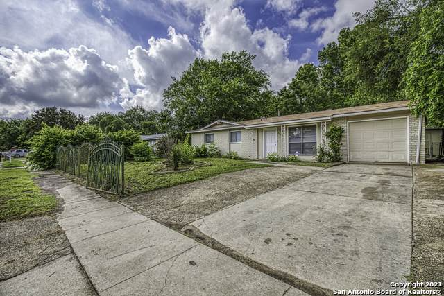 7126 Timber Ridge Dr, San Antonio, TX 78227 (MLS #1536872) :: Beth Ann Falcon Real Estate