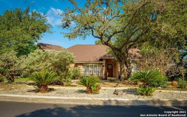 29709 Cojak Circle, Fair Oaks Ranch, TX 78015 (#1536990) :: The Perry Henderson Group at Berkshire Hathaway Texas Realty
