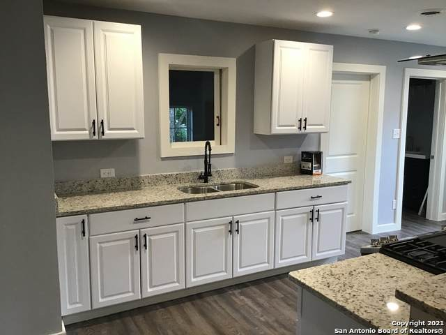 8175 E 6th St, Somerset, TX 78069 (MLS #1537280) :: Exquisite Properties, LLC