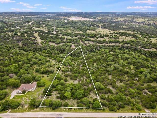 477 Red Rose St, Spring Branch, TX 78070 (MLS #1537345) :: Beth Ann Falcon Real Estate