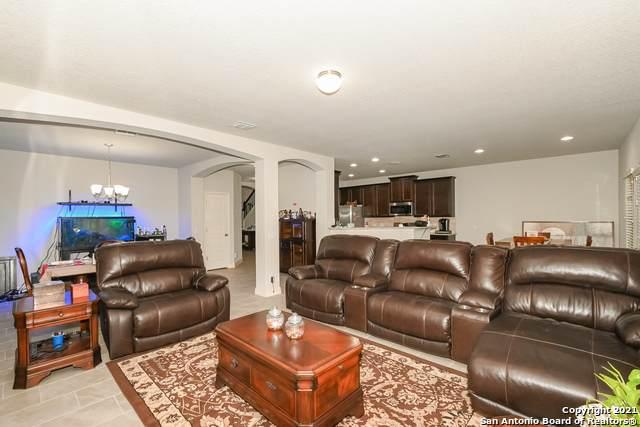 1219 Begonia Bluff, San Antonio, TX 78245 (MLS #1538163) :: The Glover Homes & Land Group