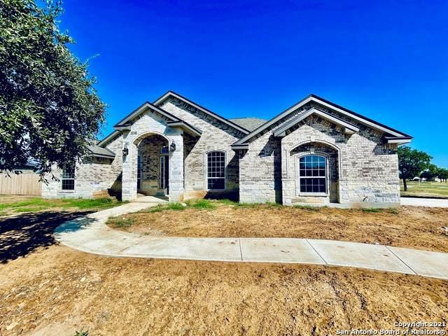 157 W Tree Farm Dr, Lytle, TX 78052 (MLS #1538693) :: Carter Fine Homes - Keller Williams Heritage