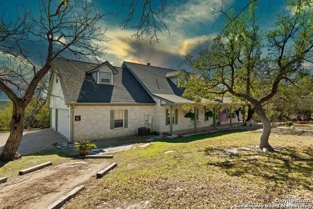 154 Victoria Dr, Kerrville, TX 78028 (MLS #1540166) :: REsource Realty