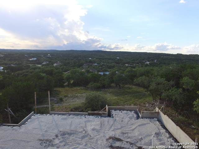 616 Lasso Loop, Canyon Lake, TX 78133 (MLS #1540992) :: The Mullen Group | RE/MAX Access