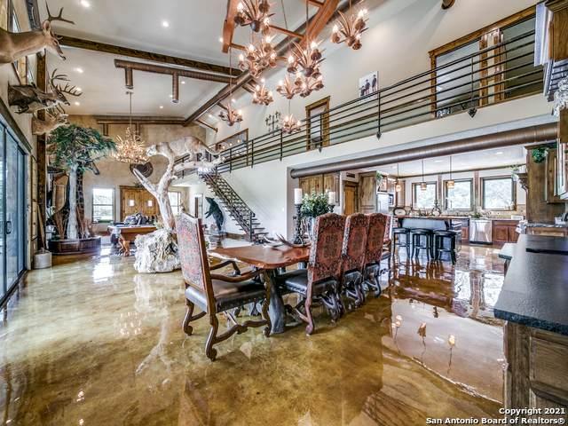 1616 County Road 319, La Vernia, TX 78121 (MLS #1541570) :: Concierge Realty of SA
